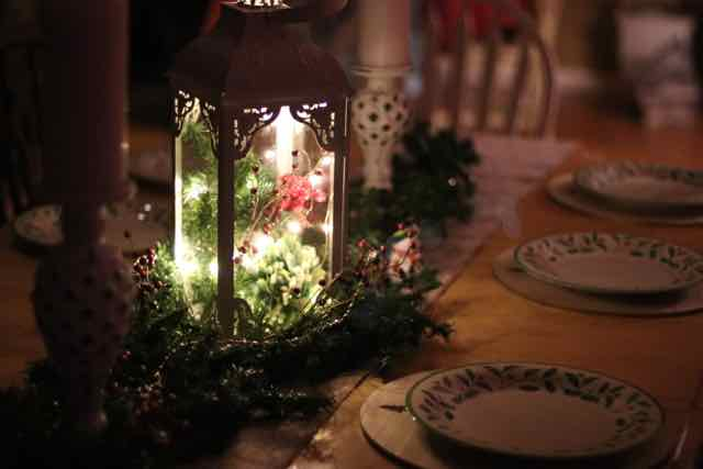 Easy Christmas Lantern Centerpiece with Greenery - Christmas Light ...