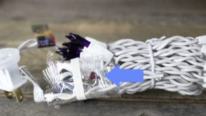 Christmas lights with bulb accessory kit