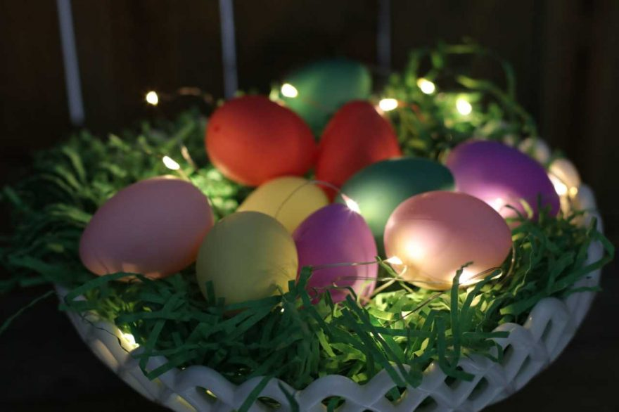 DIY: Light and Easter Centerpiece!