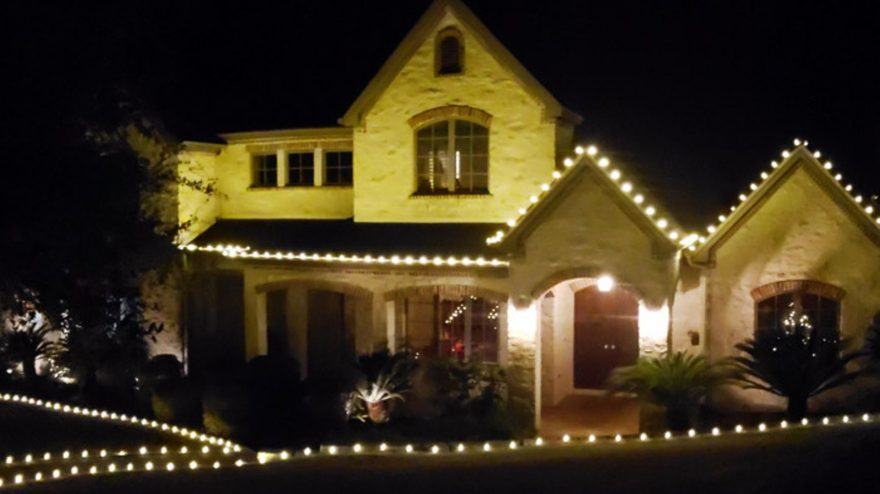 Our Top 5 White Christmas Light Choices!